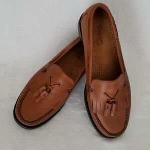 Bass weejuns loafers